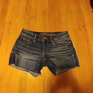 Jean American Eagle shorts